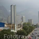 Vista panoramica de la ciudad de BOGOTA y edificios altos de viviendas. Detras el cerro de Monserrate. Colombia