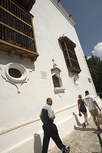 Fachada lateral. Edificio Palacio de la Inquisición (utilizado en 1610). Ciudad Vieja. CARTAGENA DE INDIAS. Colombia