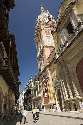 La Basílica Menor. Su construcción comenzó en 1575. terminada en 1612. Ciudad Vieja. CARTAGENA DE INDIAS. Colombia