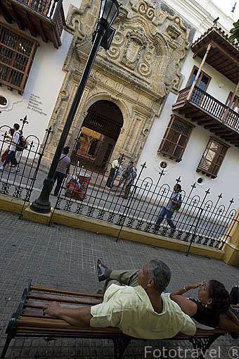 Plaza de Bolivar y el palacio de la Inquisicion. Centro historico de CARTAGENA DE INDIAS. Colombia