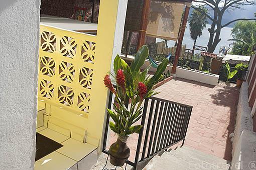 Hotel Serena del Lago con vistas al lago de Coatepeque. El Salvador. Centro américa.