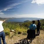 Vista del lago y crater de Coatepeque. El Salvador. Centro américa.
