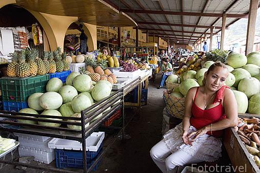 Mercado del pueblo de Concepción de ATACO. Ruta de las Flores. El Salvador. Centro américa.