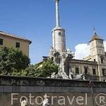 En lo alto el Triunfo del Arcangel San Rafael, custodio de la ciudad. CORDOBA. Patrimonio de la Humanidad. Andalucia. España