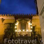 Altar votivo. (s.XVIII) de la Virgen de los Faroles, al final de la calle Velazquez Bosco, junto a la Mezquita Catedral. Ciudad de CORDOBA. Patrimonio de la Humanidad. Andalucia. España
