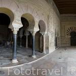 Interior. Arcos del Salon de Abd al-Rahman III. El conjunto arqueologico Madinat al-Zahra. En las afueras de la ciudad de CORDOBA. Andalucia. España