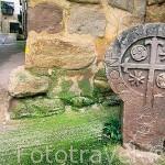 Escudo heraldico de Don Martin Yryarte en la entrada del pueblo de CIRAUQUI. Navarra. España - Camino de Santiago -