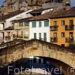 Puente de la Carcél sobre el rio Ega. ESTELLA. Navarra. España. -Camino de Santiago
