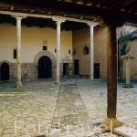 Patio interior del monasterio de Santa Clara. CARRION DE LOS CONDES. Palencia. Castilla y León. España