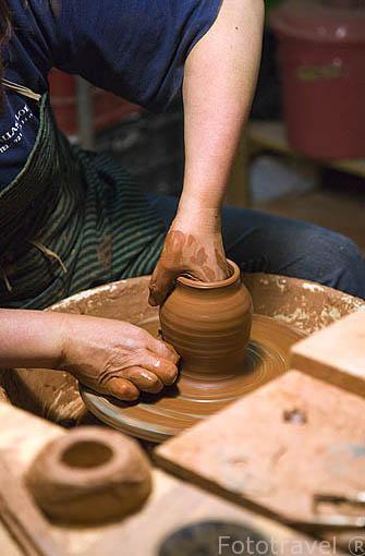 Taller de ceramica de Lola Velasco. Pueblo de CUELLAR. Comarca de Tierra de Pinares. Segovia. Castilla y León. España