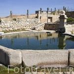 Fuente La Mina. Pueblo de CARBONERO EL MAYOR. Comarca de Tierra de Pinares. Segovia. Castilla y León. España