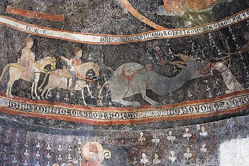 Frisos romanicos, s.XV, en la iglesia de Santa Marina. Pueblo de SACRAMENIA. Comarca de Tierra de Pinares. Segovia. Castilla y León. España