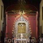 Retablo del Cristo de la Laguna y altar en plata repujada. Barroco, s.XVIII. Santuario del Cristo de la Laguna. SAN CRISTOBAL DE LA LAGUNA. Patrimonio UNESCO. Tenerife. Islas Canarias. España