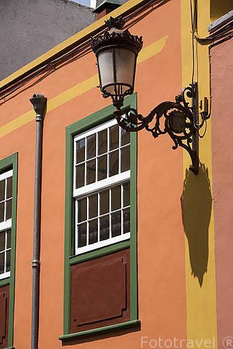 Detalle ventana en calle Ascario y Nieves. SAN CRISTOBAL DE LA LAGUNA. Patrimonio UNESCO. Tenerife. Islas Canarias. España