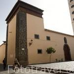 Iglesia monasterio de Las Clarisas o de San Juan Bautista con un ajimez en lo alto. SAN CRISTOBAL DE LA LAGUNA. Patrimonio UNESCO. Tenerife. Islas Canarias. España