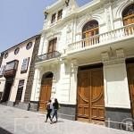 El Teatro Leal en la calle La Carrera o Obispo Rey Redondo. SAN CRISTOBAL DE LA LAGUNA. Patrimonio UNESCO. Tenerife. Islas Canarias. España