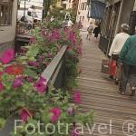 Canales y calle. Centro historico de la ciudad de ANNECY. Alta Saboya. Rhones Alpes. Francia.