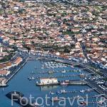 Vista aerea de la poblacion de LA COTINIERE y su puerto. Isla de Oleron. Francia