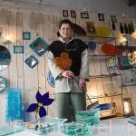 Tienda con productos varios de vidrio y ceramica. Le Vitrail. LE CHATEAU D´OLERON. Isla de Oleron. Francia