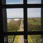 Vista desde una de las ventanas del faro de Chassiron, 46 metros de altura . Inaugurado en 1836. Norte de la isla de Oleron. Francia