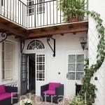 Interior. Hotel des Consuls. Pueblo del s.XVI - XVII de Castelnau de Montmiral. Tarn. Francia