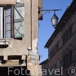 Fachada de una casa. Pueblo medieval de Cordes Sur Ciel. Tarn. Francia