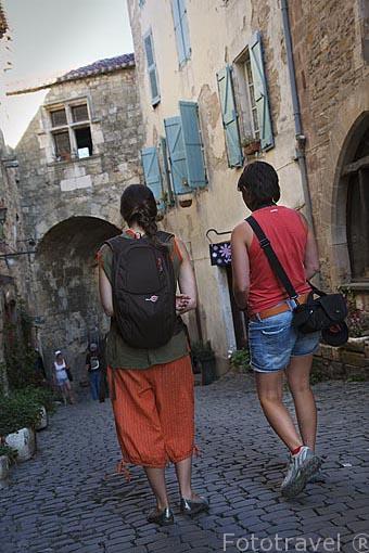 Puerta fortificada. En su interior el museo de Arte e Historia Charles Portal. Pueblo medieval de Cordes Sur Ciel. Tarn. Francia
