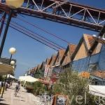 Docas de Alcantara y parte del puente 25 de Abril . LISBOA. Portugal