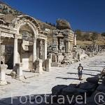 Templo de Adriano de estilo corintio, 138 d.C, en la calle de los Curetes. Ruinas de EFESO / EPHESUS. Egeo. Turquia