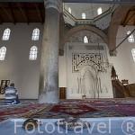 Interior de la mezquita del Sultan Isa Bey, 1375. Sultan selyucida. Cerca de las ruinas de EFESO / EPHESUS. Egeo. Turquia