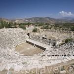 Teatro griego s.I. a.C. Ruinas de AFRODISIAS / APHRODISIAS, en el monte de Baba Dagi. Egeo. Turquia