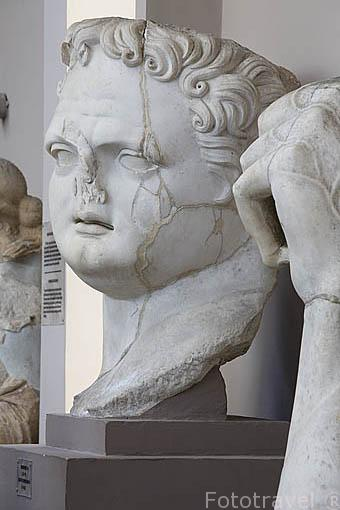 Busto de un rostro. Museo de EFESO / EPHESUS. Costa del Egeo. Turquia