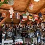 Restaurante Hassan con vistas al mar Mediterraneo. Pueblo pesquero de KEKOVA. Provincia de Antalya. Turquia