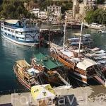 El puerto pesquero y deportivo de la ciudad de ANTALYA. Turquia