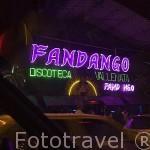 Avenida Sexto y discotecas. Santiago de CALI. Valle del Cauca. Colombia