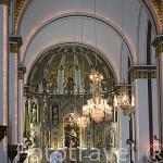 Interior. Basilica del Señor de los Milagros. (Milagro de la Lavandera, s.XV). Centro de devoción peregrina internacional. Ciudad de BUGA. Colombia