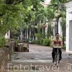 Calle Albarrada de San Rafael. Ciudad colonial de MOMPOX. Patrimonio de la Humanidad, UNESCO. Isla más grande de Suramerica. Colombia. Suramerica
