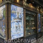 Fachada taberna La Fontana de Oro. Calle de la Victoria. Zona de Huertas. Madrid capital. España