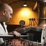 Sr. Alex Schmid. Maestro cervecero y maltero de Naturbier. Barrio de Huertas. Madrid. España