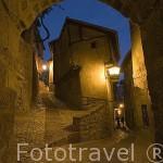 Arco y casa de la Julianeta. ALBARRACIN. Teruel . España