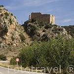 Castillo roquero de Santa Croche cerca de GEA de ALBARRACIIN. Teruel. España