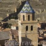 Pueblo amurallado de ALBARRACIN y torre de la catedral. Teruel. España