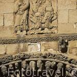 Fachada de la iglesia de Santa Maria, romanica con elementos goticos, s,XII.Pueblo de UNCASTILLO. Zaragoza. Aragon. España