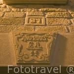 Letrero en piedra nuevo, copia del antiguo. Casa rural El Remedio. UNCASTILLO. Zaragoza. Aragon. España