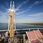 Vista del rio Senegal desde lo mas alto del barco de hierro Bou El Mogdad. Norte de Senegal