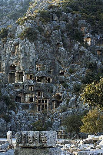 fotos-de-viajes-necropolis-en-turquia